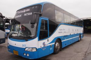 Bangkok to Pattaya - Economy Bus by Roong Reuang Coach_0