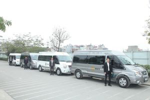 Hanoi to Halong Bay - Luxury Minivan - 9 PAX by Azura_4