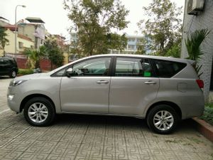 Noi Bai International Airport, Hanoi (HAN) to Azura Hanoi - SUV Car - 5 PAX by Azura_2