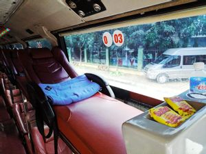 Ha Giang to Hanoi - Local sleeping Bus by Group Tour Company_4