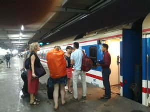 Dong Hoi to Hanoi - Luxury Train by New Livitrans_4