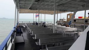 Koh Tao to Don Sak - High Speed Ferry by Seatran Discovery_4